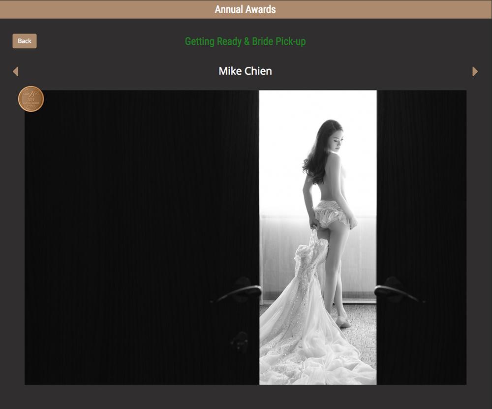 這是我工作以來最興奮的夜晚,感謝Asia Wedding Photographers Association,謝謝我的家人、親愛的客戶,特別感謝這一年來參與婚禮及婚紗工作的夥伴們。這一晚香港,很榮幸被評為「AWPA 年度攝影師 – Top20」、「Landscape類別年度大獎 – 總冠軍」、以及年度 2金獎 1銀獎 3銅獎!謝謝哈蘇Hasselblad及Nikon和所有贊助商,當然還有Asia Wpa, Jack Chan, Philip Tsang, Tony Tsui, 及辛苦的幕後工作人員,恭喜所有贏家。 I am Mike Chien, I come from Taiwan! Thank you!