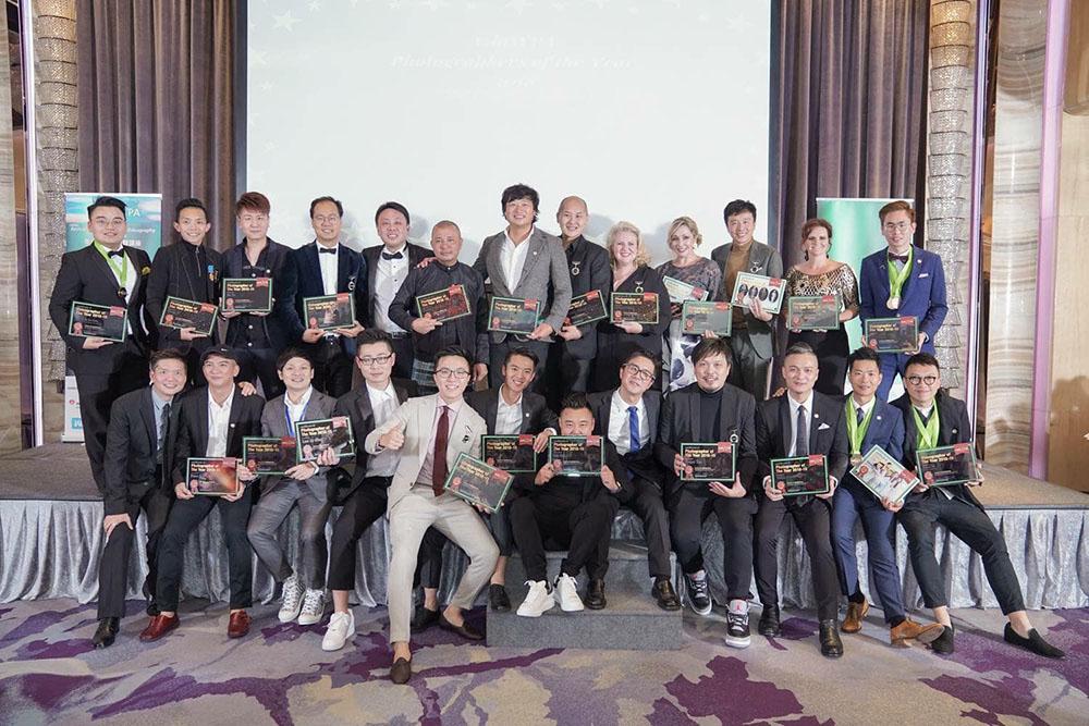"2017-18年,Mike Chien (婚攝米克) 連續二年被AsiaWPA評為""年度最佳20大攝影師"" (AsiaWPA 20 photographers of the year 2018),  以及年度一金二銀三銅的佳績,感謝AsiaWPA, 期待2019年繼續努力!。  I am Mike Chien, I come from Taiwan! Thank you!  看看亞太地區最優秀的20名攝影師 連結:https://contest.asiawpa.com//member_list.php"